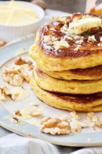 Easy Healthier Pumpkin Pancakes