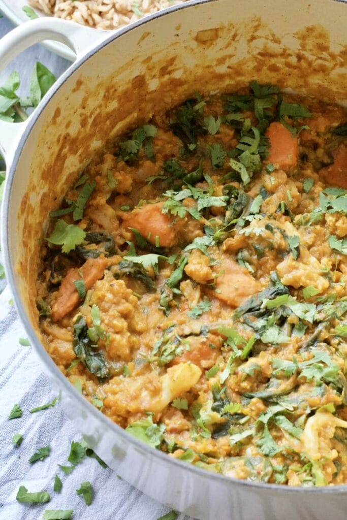 Easy Cauliflower & Lentil Curry - close up on pot full of curry