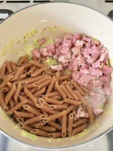 One Pot Leftover Ham and Pea Pasta