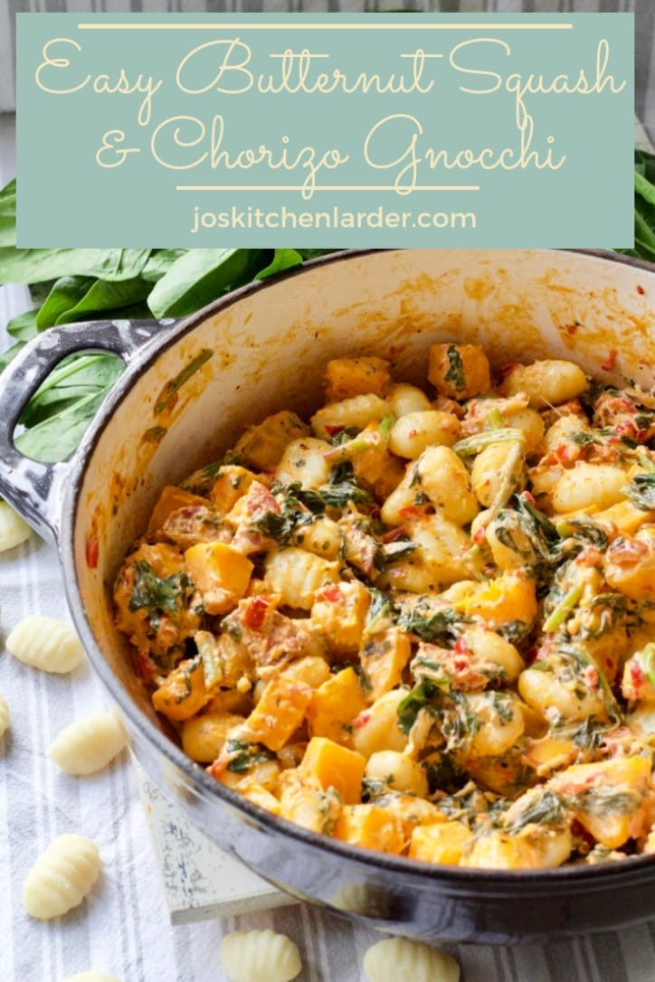 If you are looking for the best sauce for gnocchi you\'ve come to the right place! This easy butternut squash &chorizo based sauce with spinach, sun-dried tomatoes and creamy goat\'s cheese is not only quick enough to make as a midweek meal but also extremely wholesome and delicious! #gnocchi #sauce #bestsauceforgnocchi #midweekdinner #chorizo #goatscheese #butternutsquash #spinach #sundriedtomatoes
