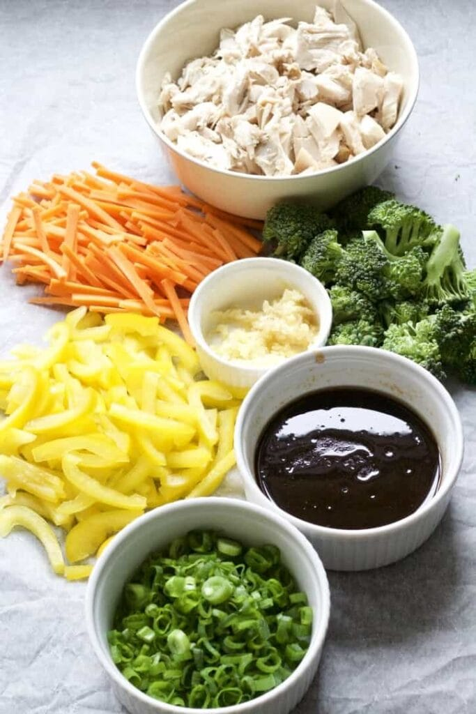 Ingredients for chicken chow mein.